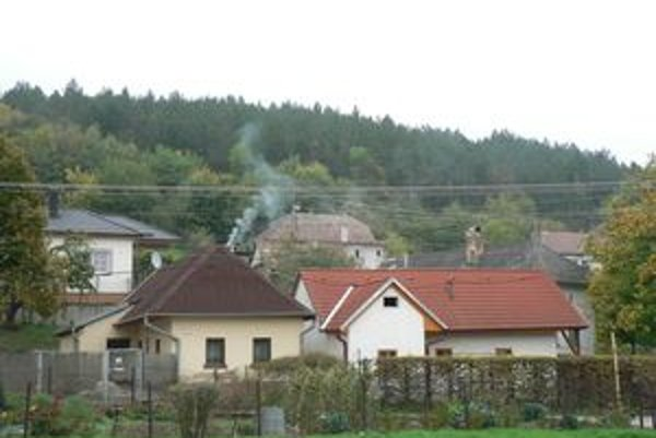 Ľudí, čo vymieňajú mesto za vidiek, v Trnavskom okrese stále stúpa.