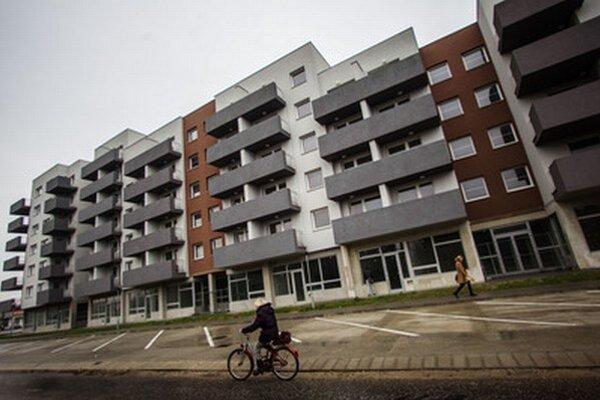 V rámci kraja sa najviac, 392 bytov, dokončilo v okrese Trenčín