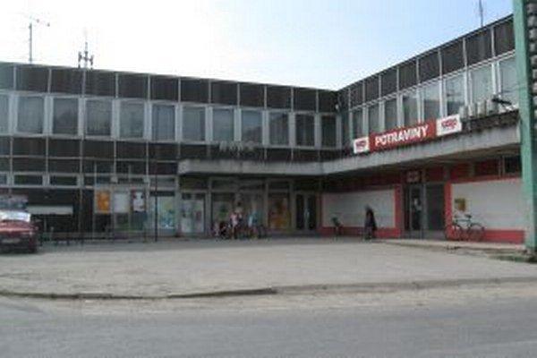 Kultúrne stredisko v Opatovej nad Váhom má novú strechu a kúrenie.