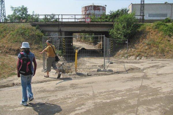 Čierny mostek pre výstavbu uzavreli.