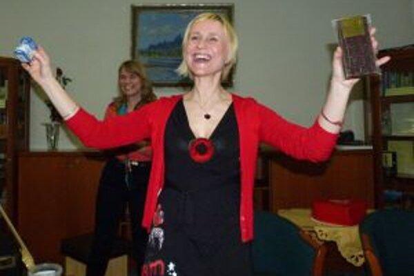 Barbora Kardošová predstavuje novinku.