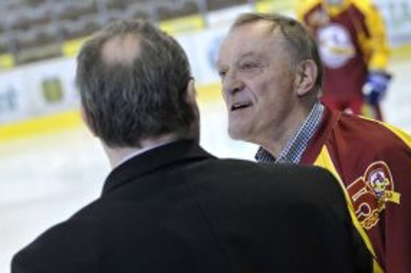 Trénerom legiend bol Jaroslav Walter.