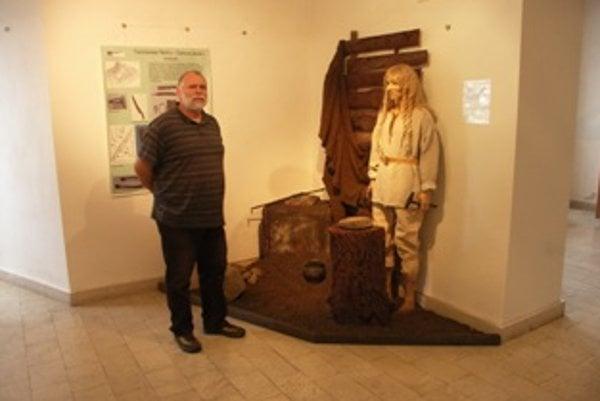 Jaroslav Somr pripravil výstavu vzácnych archeologických nálezov