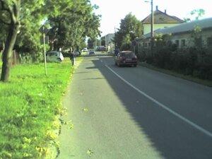 Chodník na Kasárenskej CESTE