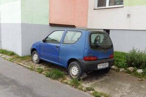 Odstavené auto