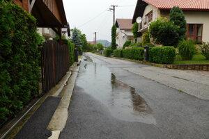 Nespravne odvodnena cesta