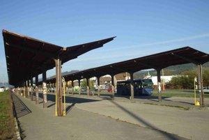 Katastrofálne autobusové nástupište
