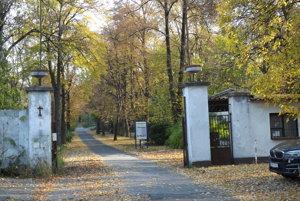 bývalé kasárne pod Zoborom nie sú prístupné verejnosti