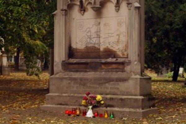 The grave of Karol Jetting in Bratislava