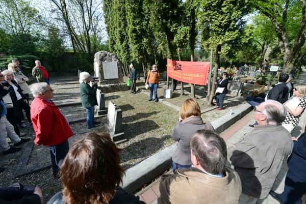 Commemorating the Holocaust in Petržalka.