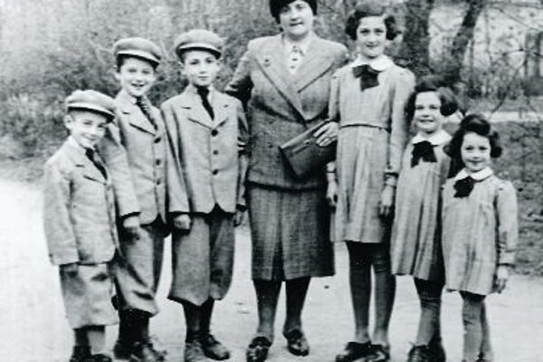Kallman (right) and her family.