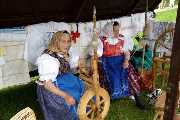 EĽRO festival of traditional crafts in Kežmarok.