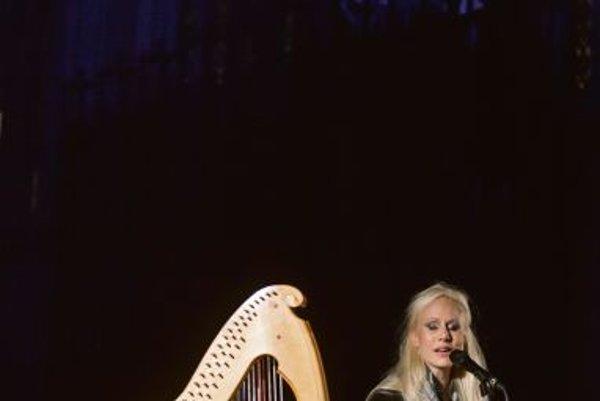 Susanna Wallumrod (vocals), Giovanna Pessi (harp): If Grief Could Wait.