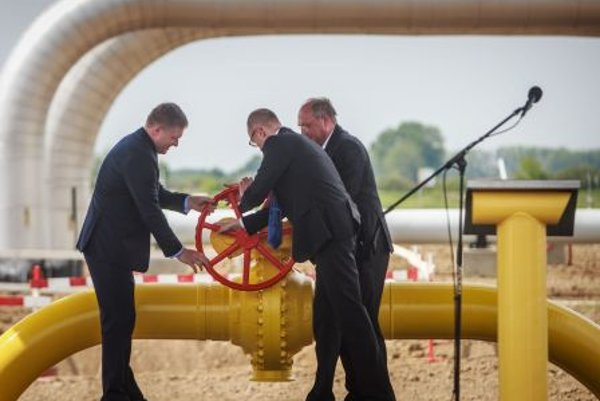The valve of the Vojany-Uzhgorod pipeline opened.