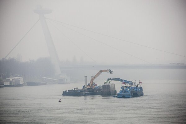 Works on the Danube bridge will intensify.