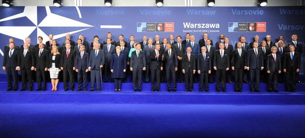 Participants of the NATO summit in Warsaw; Slovak President Andrej Kiska 5th L in bottom row.