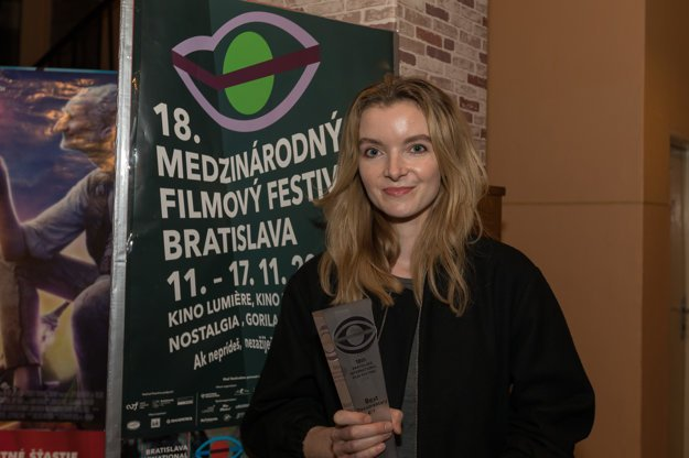 Director Anna Zamecka recevied a prize at IFF Bratislava for Communion - the Best Documentary.