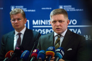 Prime Minister Robert Fico and Economy Minister Peter Žiga, from right