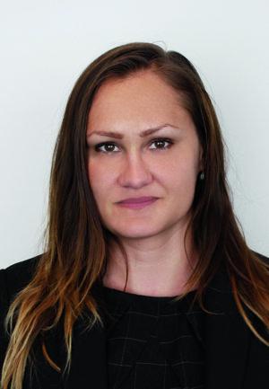 Darina Parobeková,  Associate Ružička Csekes