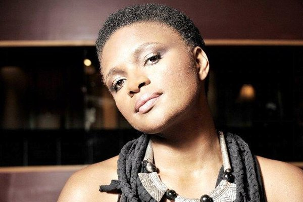 Lizz Wright gives a concert, supported by Katarzia