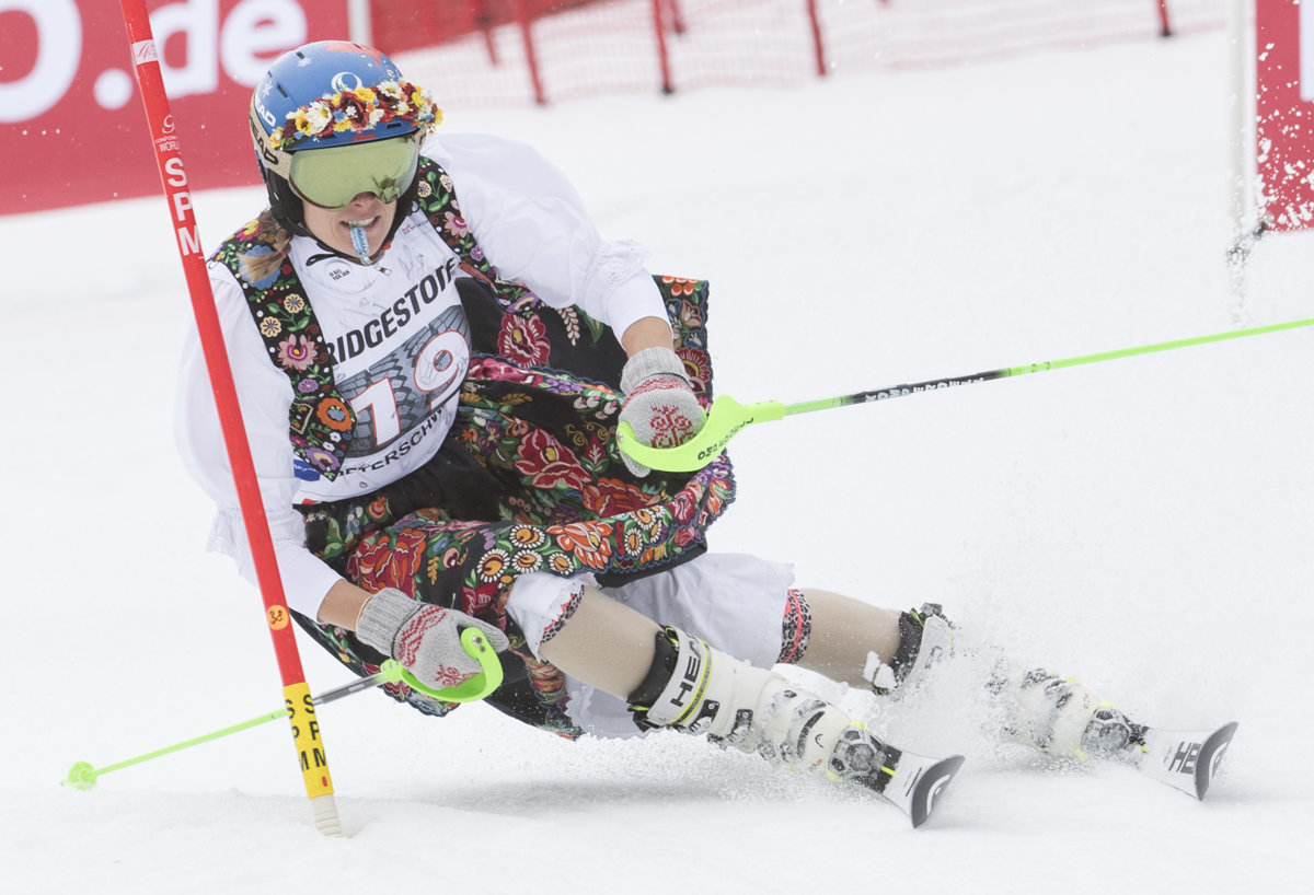 Slovak skier Velez-Zuzulová ends her career in a spectacular way ... e41a3c21e9b