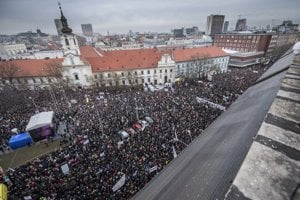Thousands of people attended the protest rally in Bratislava on March 9.