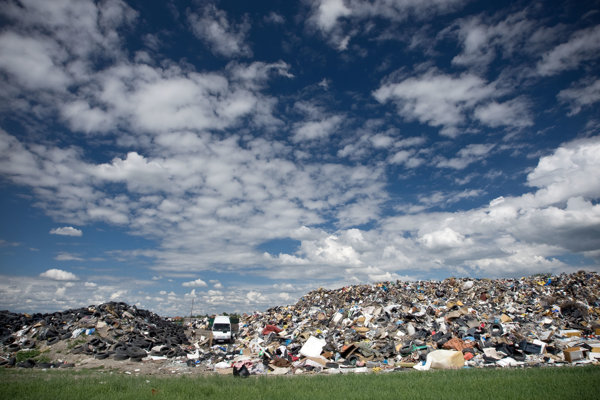 Most of Slovakia's waste still ends up in landfills. Some initiatives want to change it.