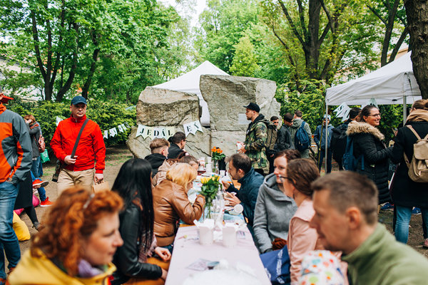 The Good Market on Jakubovo Square