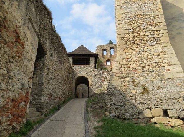 Entrance to Trenčín Castle.