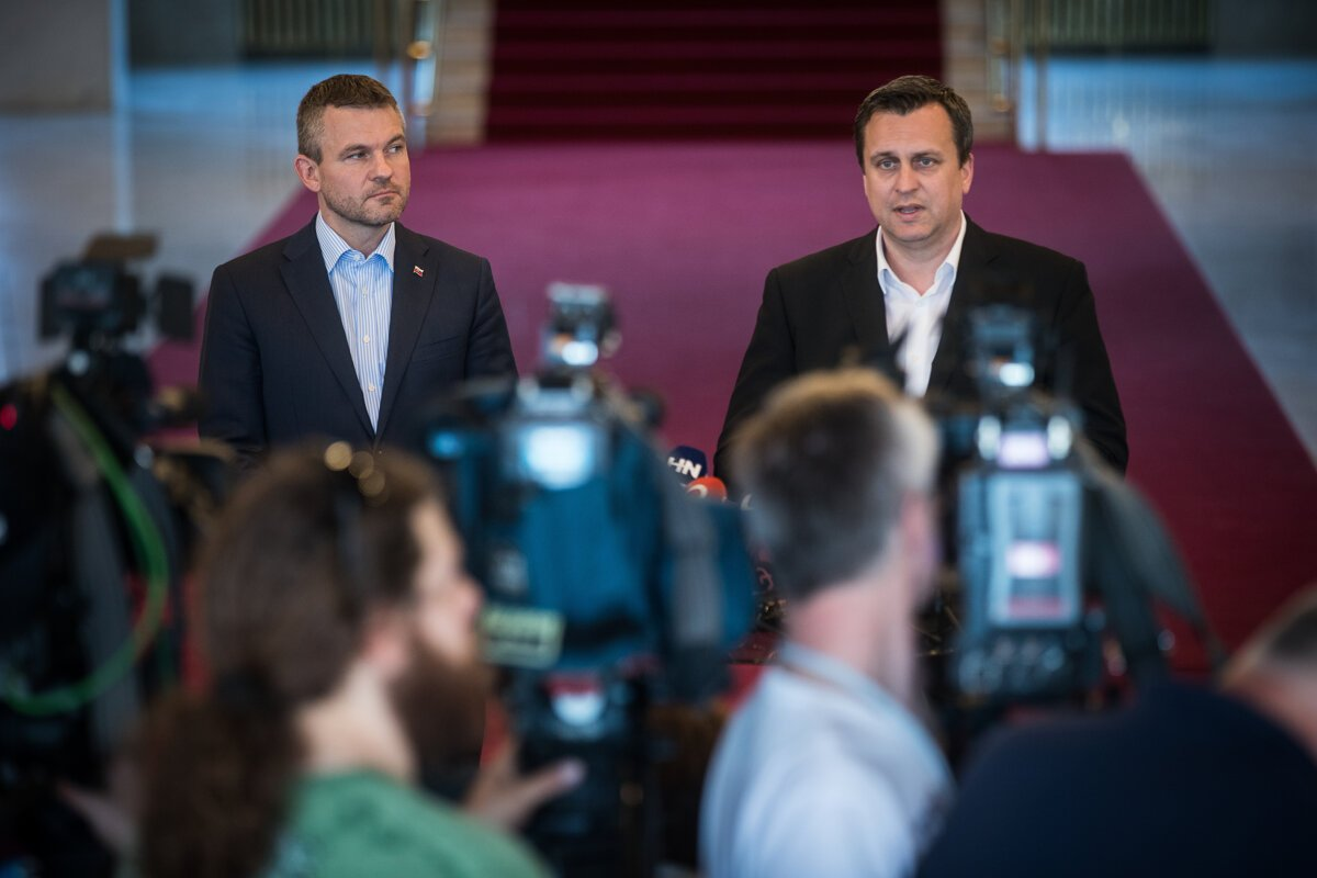 Tensions between PM Peter Pellegrini and the SNS party of Andrej Danko are growing.