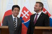 Japanese PM Shinzo Abe and Slovak PM Peter Pellegrini