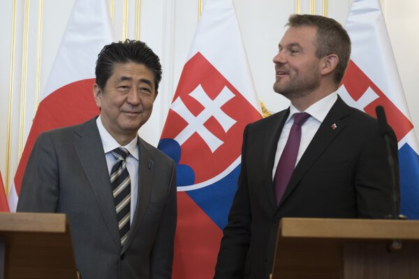 Japanese PM Shinzo Abe and Slovak PM Peter Pellegrini