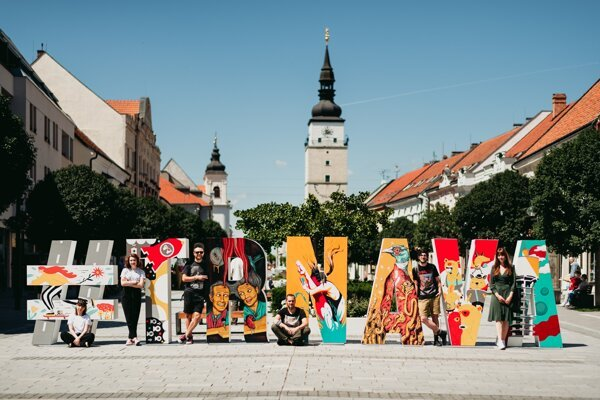 The Trnava hashtag sign, having a new design, has returned to the city's Main Street ahead of this year's summer season.