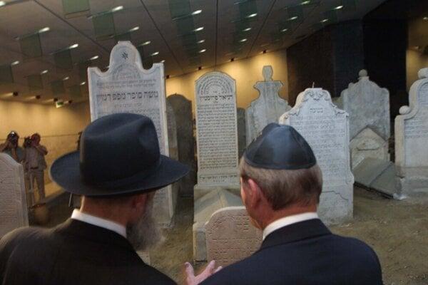 Bratislava: Chatam Sófer Memorial