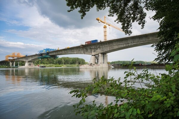 Part of the Bratislava ring road project will be bridges across the Danube River.