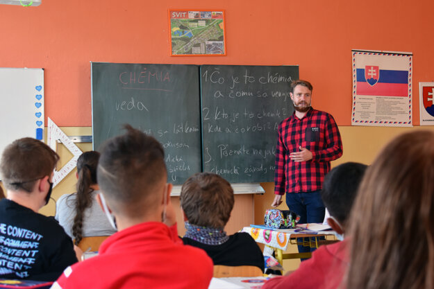Peter Šinály of Teach for Slovakia works as a teacher at the Komenského 2 Primary School in Svit.