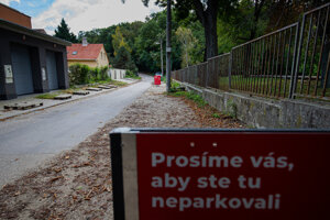 Cars cannot park on Nekrasovova, Lesná and Novosvetská any more.