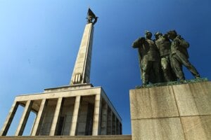 The WWII monument Slavín is one of sites visited during the Bratislava Communism Virtual Tour.
