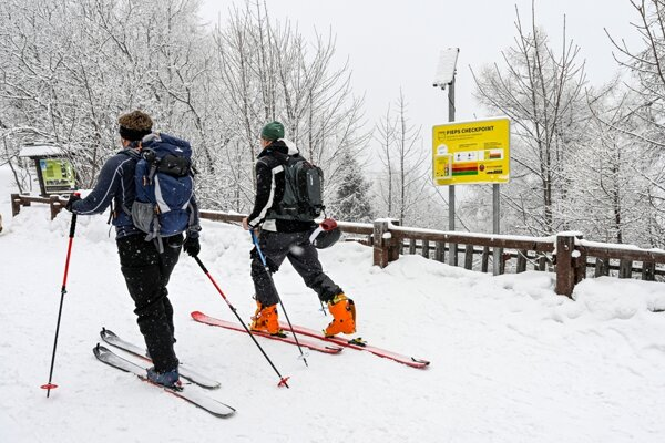 A new avalanche beacon checkpoint was established in Hrebienok in the High Tatras.