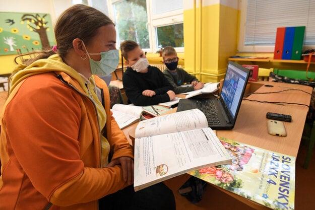 Covid spreads also in school