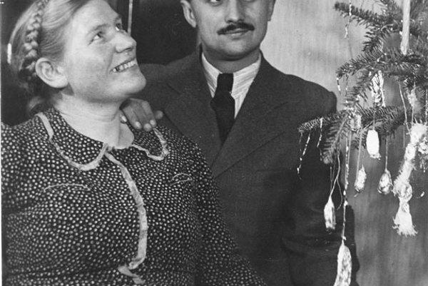 Valéria Matulayová with husband.
