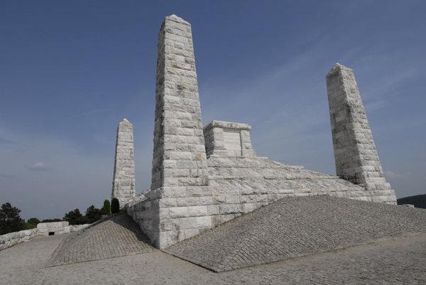 Milan Rastislav Štefánik's burial place and memorial, on Bradlo hill, celebrates its 80th anniversary this year.