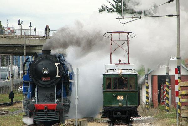 Celebrating historical transport in the Tatras.