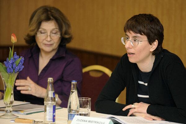 Zuzana Mistríková (right), and actress Emília Vášáryová.
