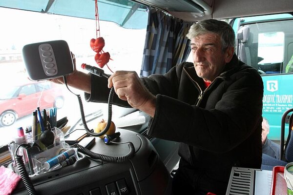 Slovak truckers are not satisfied with the electronic highway toll system.
