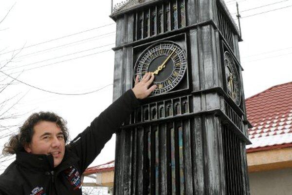 Eperješi and his Big Ben.