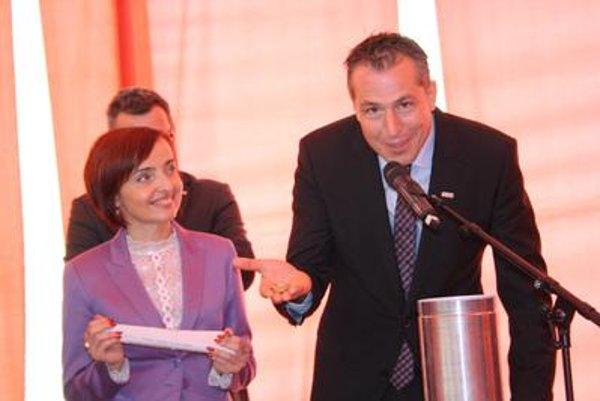 Prievidza Mayor Katarína Macháčková with Economy Ministry State Secretary Miroslav Obert