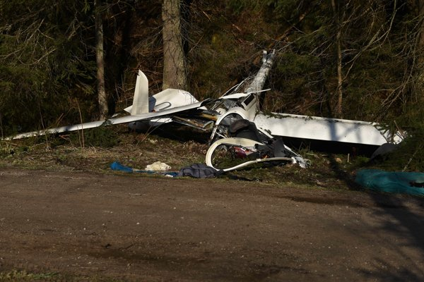 The crashed glider