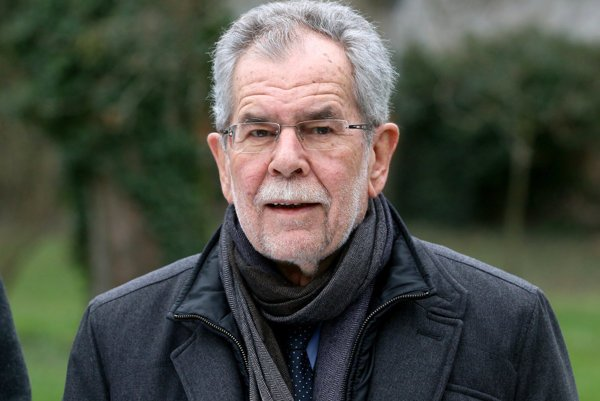 Alexander van der Bellen is the new Austrian president.