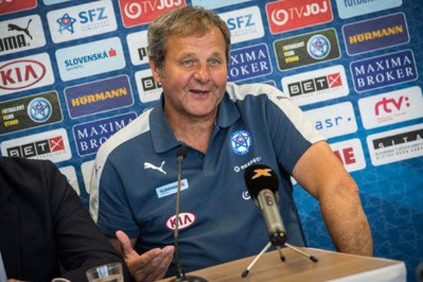 Coach j8n Kozák announced line-up